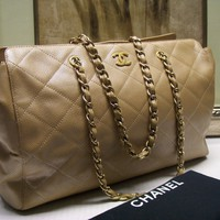 Authentic Chanel Caviar Chain Satchel Shoulder Bag