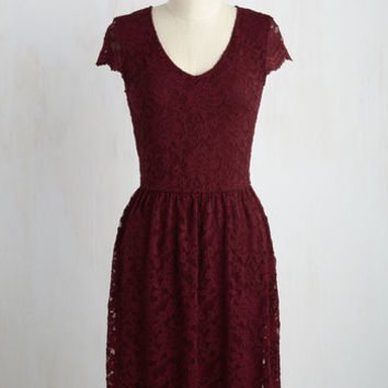Pretty Policy Dress in Merlot