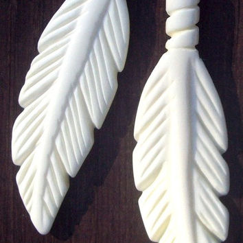"Feather pendant - white, 2.5"" elk bone feather pendant, bone feather, carved 2.5"" carved feather, white bone feather"
