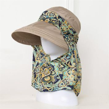 [AETRENDS] 2017 New Ladies Hats Wide Brim Sun Hat Women UV Protection Summer Cap Floral Design Beach Hats Z-5154