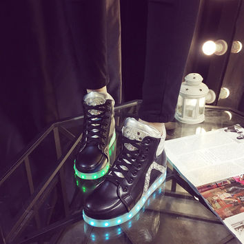 Winter High-top Lightning Shoes Round-toe Korean Noctilucent LED Lights [4964953540]