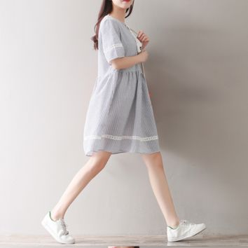 COLLEGE STYLE HOOK FLOWERS LACE SHORT SLEEVE DRESS