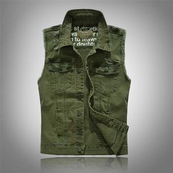 2017 New Brand Men's Clothing Casual Solid Denim Vest Button Army Green Denim Men Waistcoat Fashion Washed Plus Large Size 3XL