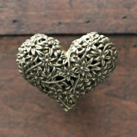 Heart Drawer Knobs - Decorative Knobs in Brass Toned Metal (MK115)