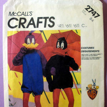 "Road Runner and Daffy Duck Costumes McCall's 2747 Toddler Size 2 - 4 Chest 23"" - 24"" Vintage 1980's Sewing Pattern Uncut"