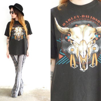 Vintage 90s HARLEY DAVIDSON Laconia Steer Skull Black Tee // Cow T Shirt // Biker Hipster Boho Gypsy // XS / Small / Medium / Large