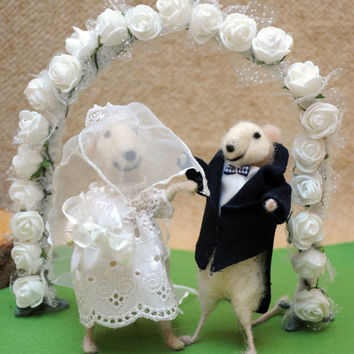 Bride and groom! Perfect wedding gift!