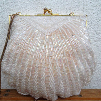 50s 60s Cocktail Bag, White Beaded Purse With Glass Seed Beads And Gold Metal Frame, Flapper Era Handbag, Shell Bridal Clutch, Wedding Bag