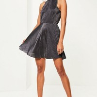 Missguided - Grey Pleated High Neck Skater Dress