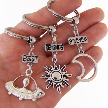 Set of 3 best friends keychains, best friends forever keychain, bff keychains, best friend keychains for 3, moon sun alien, grunge gifts