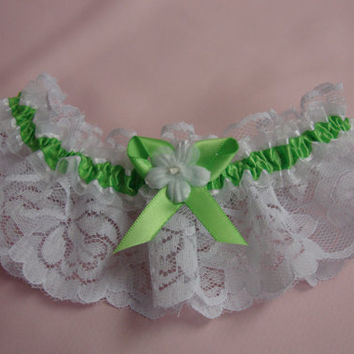 Lace Garter, Sublime green Wedding Garter,  Lime Bridal Garter, prom garter