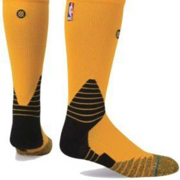 Stance Fusion Basketball 559 NBA NWT Yellow Solid Crew Socks Large (9-12) $22.00