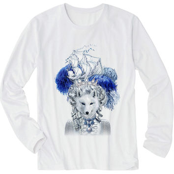 レディース長袖Tシャツ【キツネ・猫・船】| Women T-Shirt - Snow Fox with Epic Ship on Pouf Hair
