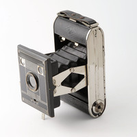 Agfa Billy Clack Nr. 51 Strut Type Folding 120 Roll Film Camera with Case 1930s Deco