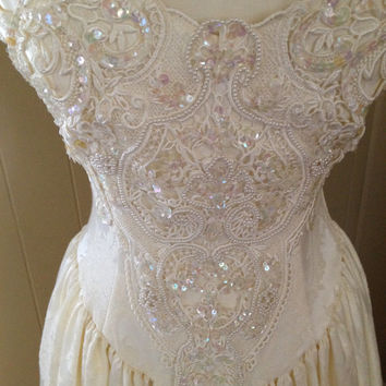 SALE Vintage Wedding Dress By Jessica McClintock Beaded Sequins Lace Off White Gunne Sax Size 6