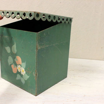 vintage tole painted metal box with hinged lid // shabby rustic primitive