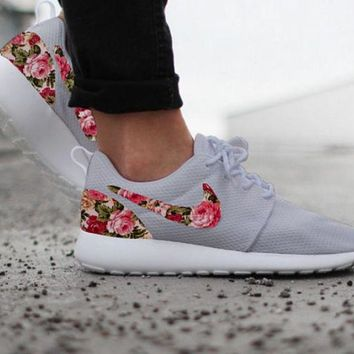 simpleclothesv ?? Nike Roshe Run Women Men Casual Sneakers Sport Running Shoes