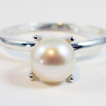 White Pearl Solitaire Ring, 925 Sterling Silver, June Birthstone Ring, Freshwater Pearl Ring, Natural White Pearl Ring, SS Ring, 925 Ring