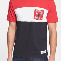 Men's Mitchell & Ness 'Chicago Bulls - Margin of Victory' Tailored Fit T-Shirt
