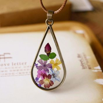 Vintage Dry Flower Water  Pendant Necklace Natural Eternal Life Flower Glass Pendant Wax Rope Chain For Female