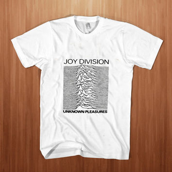 Joy Division Unknown Pleasures shirt men  Ian Curtis Punk Roc  t-shirt Post Punk tee Rock tee Stump white