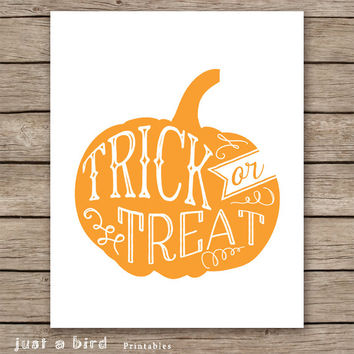 Trick or treat sign, Halloween sign, orange halloween print , Halloween decor, Jack O Lantern, halloween pumpkin print, INSTANT DOWNLOAD