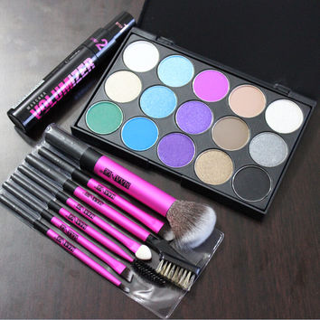 professional makeup set, 15 colors matte eyeshadow palette, 7 sizes makeup brushes,11ml Mascara Volumizer For women