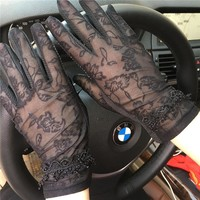 2017 NEW Spring and Summer Women Vintage Sunscreen Sexy Lace Gloves Lady anti-uv Gloves Female driving outdoor Gloves 5 Color