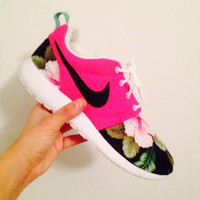 Custom Rose Run - Pink Floral