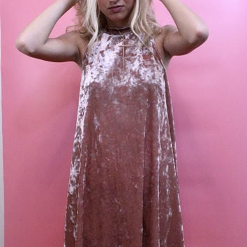 Blake Crushed Velvet Dress (Blush)