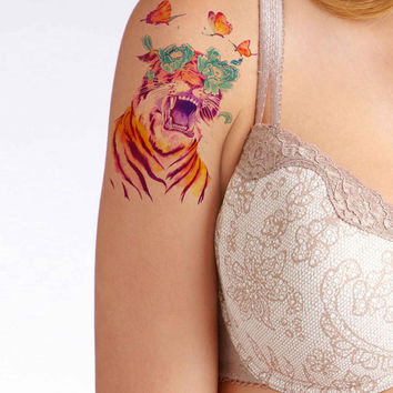 Butterfly Tigger temporary tattoo, Fashion Tattoo,Fake Tattoo,Tattoo Design