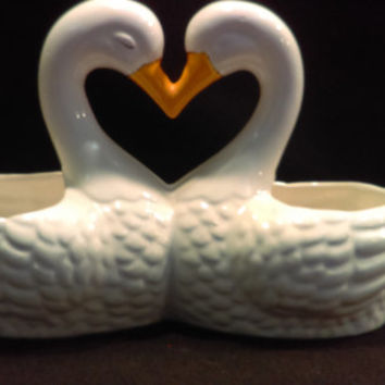 White Double Swan Planter, Vase      (1210)