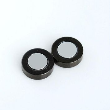 New Arrival Titanium Steel Magnet Earrings For Fashion Men Jewelry No Ear Hole Stud Earrings 2 Colors to Choose TE0001