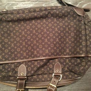 CREYRQ5 Louis Vuitton bag limited edition authentic genuine