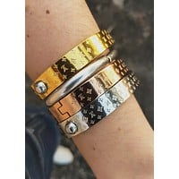 LV Louis Vuitton Classic Couple High End Stainless Steel Bracelet Accessories Jewelry