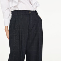 CHECKED TROUSERS WITH DARTS