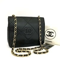 Chanel Classic Front Flap Black 5675 Lambskin Leather Shoulder Bag (Authetic Pre-owned)