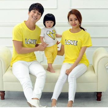 ONETOW LOVE Family Style Tops Casual T shirt Mother Daughter Father Son T shirt Mom and Baby Matching Clothes Family Clothing