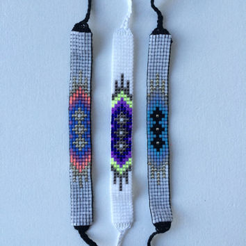 Seed Bead Friendship Bracelets - Gem Pattern