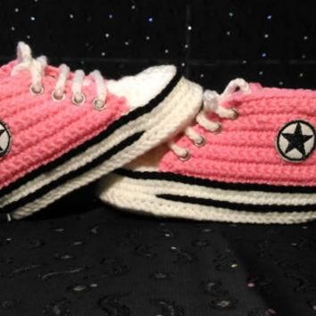 Girl Baby Pink Slippers, Crochet Baby Converse Sneakers, Baby Shower Gift, Personal sl