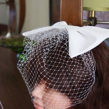 Sixties Bridal Birdcage Veil with Bow - White Veil with Bow - Wedding Headpiece - Wedding Bow - Wedding Hair Accessories