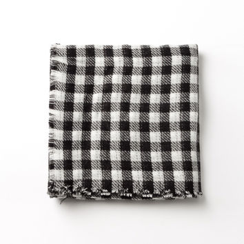 Black-White Plaid Long Scarf