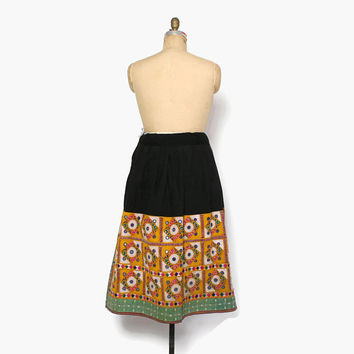Vintage Banjara Boho SKIRT / 1970s Indian Cotton Kuchi Embroidered Mirror Bohemian Skirt