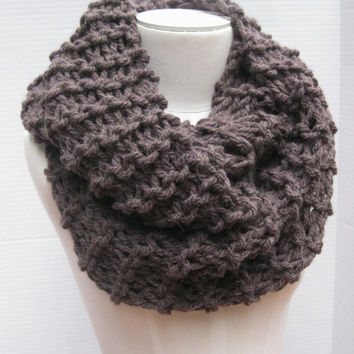 Outlander bulky wool cowl mulberry hand knitted