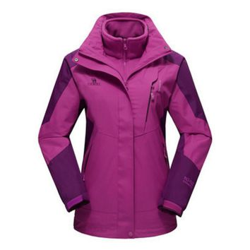 Camel Winter Warm Fashion Casual Outdoor Clothes Women Three-in-one two-piece Waterproof Coral Velvet Mountaineering Wear Coat Purple