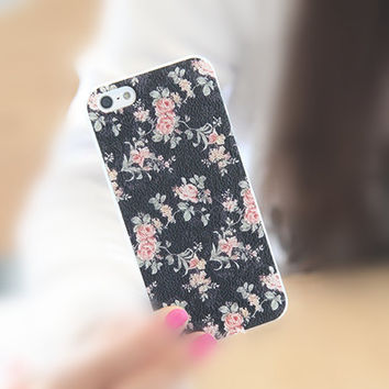 Pink Rose in Black iPhone 5/5S Slim Hard Clear Mobile Phone Case Floral Art Deco Style Pattern Anti Fingerprint Scratch Texture Free SH AF3