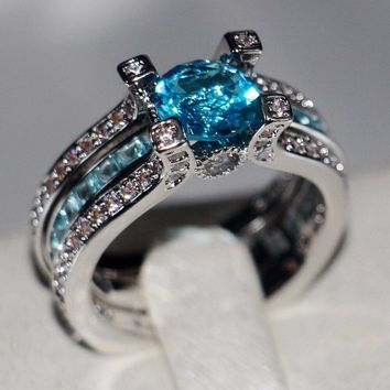 925 Sterling Silver Round Shape 5A Light Blue CZ Zircon Birthstone Wedding Ring Set