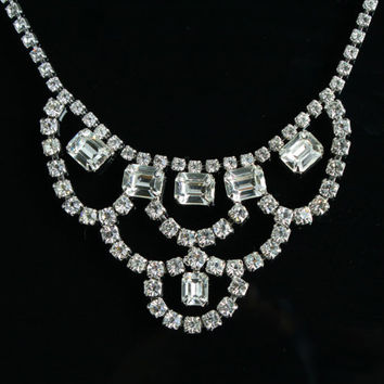 Vintage Rhinestone Necklace - Silver Tone Elegant Bridal Wedding Costume Jewelry / Faux Diamond Chandelier