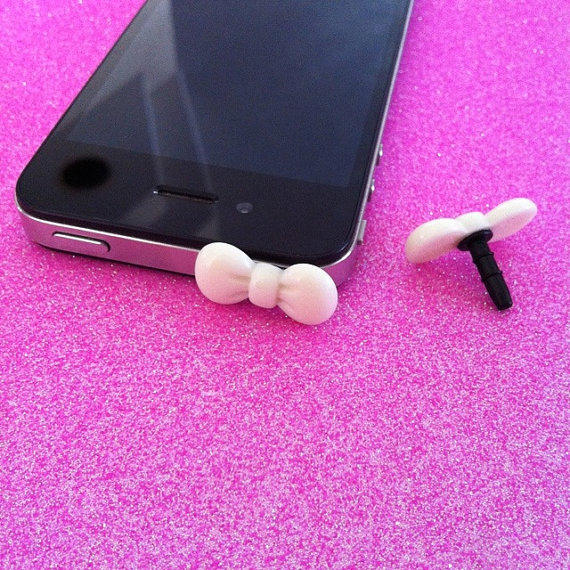 White Bow Ear Jack Plug for iPhones by JMxSweets on Etsy