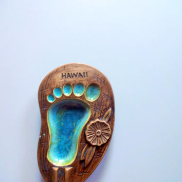 Vintage Hawaii Footprint Ashtray Souvenir 1960s